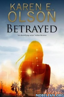 Download Betrayed by Karen E. Olson (.ePUB)(.MOBI)